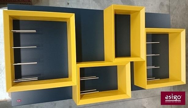 Esigo 5 wall-mounted wine rack