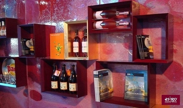 Contemporary wine bar furniture