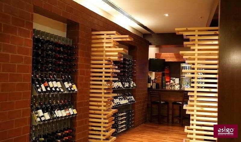 Gallery wine bar furniture Esigo
