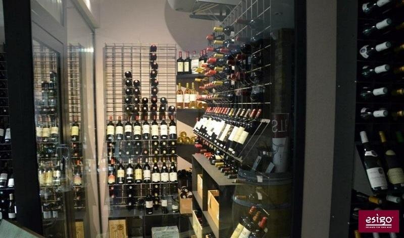 Esigo climatised wine room furniture
