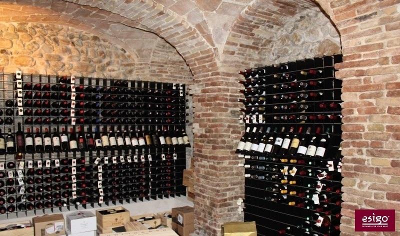 Esigo wine storage system for wineries retail shop furniture