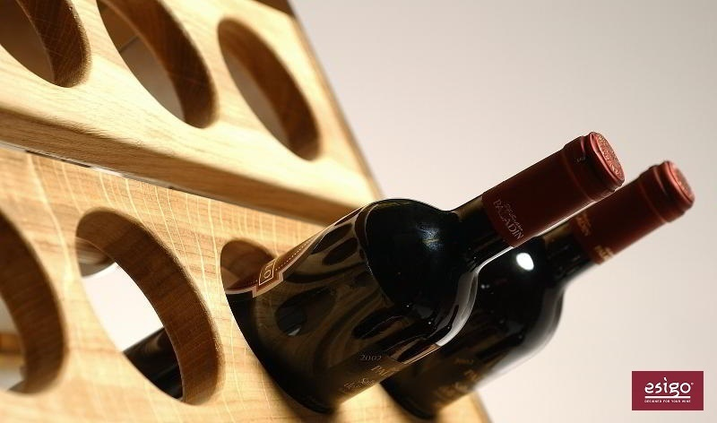 Esigo 2 Classic wooden wall wine rack