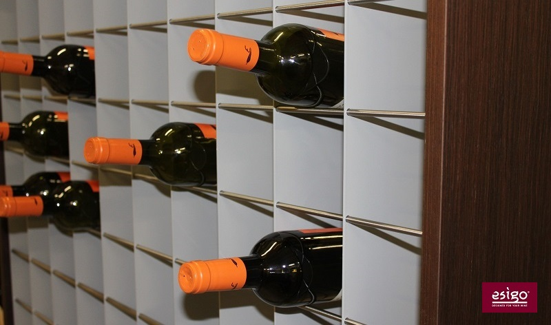 Esigo 2 Wall wine storage closet