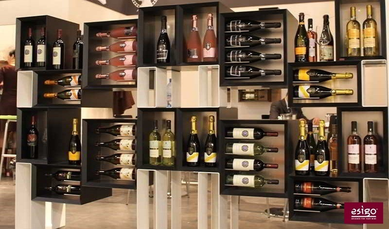 Esigo 5 Floor wine rack design