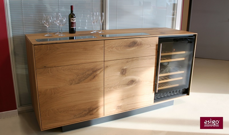 Esigo wine cabinet with wine cooler