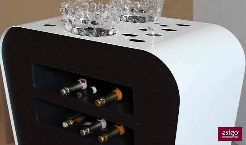 Esigo's modern design bar cart